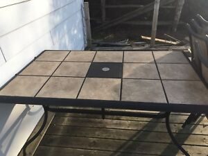 Outdoor patio table and 6 chairs
