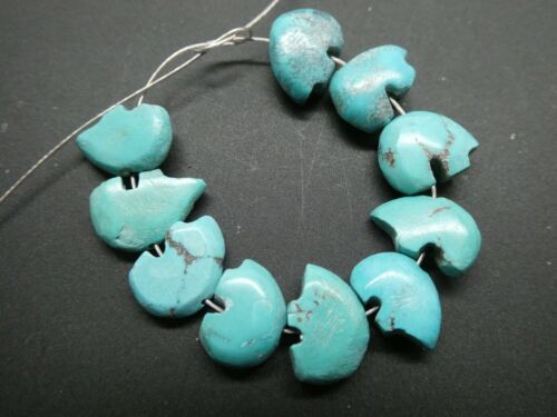 Vintage Zuni Natural Blue Turquoise Fetish Bear Hand Carved Beads 10 Pieces