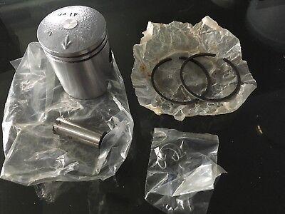 <em>YAMAHA</em> FS1E FIZZY 50CC PISTON KIT PISTON PIN AND RINGS  50 MM NEW OL
