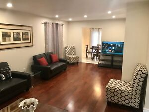 Weekly short term rental Toronto 3 bed furnished house