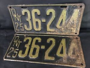 Antique 1925 Ontario License Plate Pair Set, man cave garage