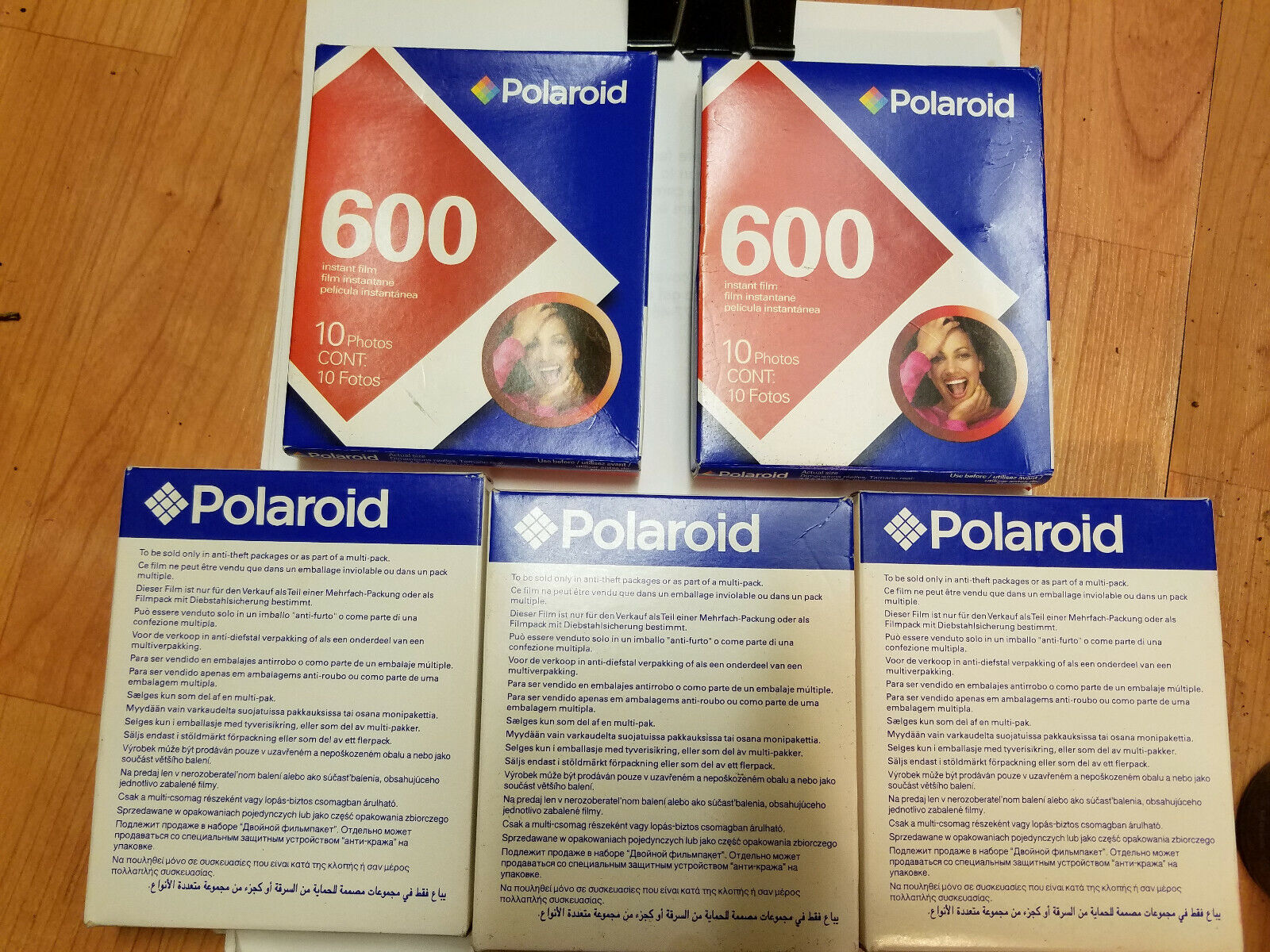 Polaroid 600 Instant Film 10 Photo Pack Sealed Expired in 20