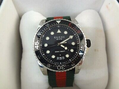 Gucci Dive 136.2 464487 45mm Large Mens Quartz Nylon Strap Watch Damaged Bezel