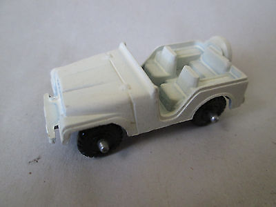 """1981 Midgetoy 1 3/4"""" White Daisy Jeep from The Dixie Chargers Dukes of Hazzard for sale  Shipping to Canada"""