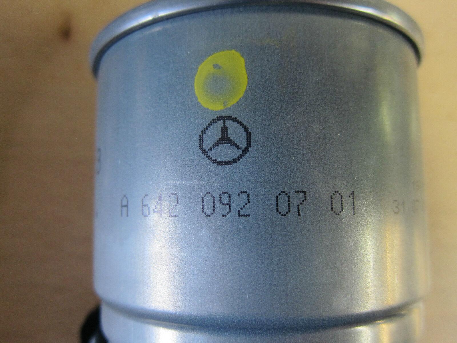 2004 09 Jeep Grand Cherokee Dodge Sprinter 27 30l Diesel Fuel Filters Filter Mopar Oem