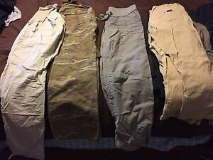 Maternity pants /capris lot size M