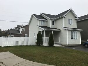 106 Halley Dr. – Ideal 3 Bedroom Family Home–Great Neighbour