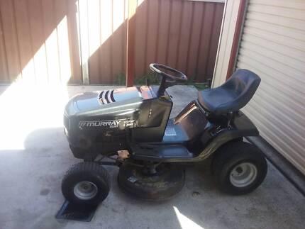 Murrey Ride on mower