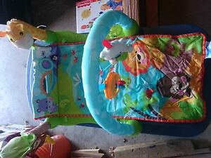 Fisher price rainforest 123 tummy time mat