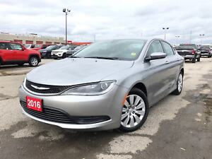 2016 Chrysler 200 LX**2.4L**AUTOMATIC**ONLY 6911 KMS**