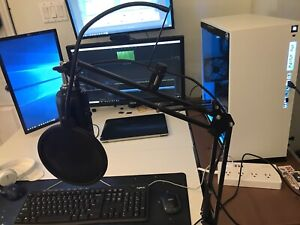 Microphone Blue Yeti + Arm Stand + Pop Filter