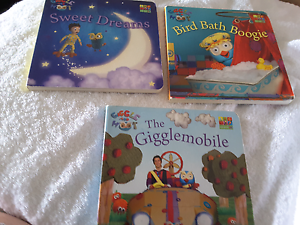 Giggle and hoot books Strathpine Pine Rivers Area Preview