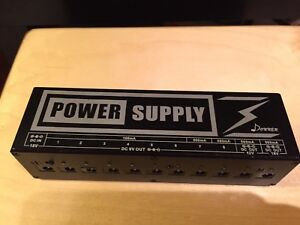 Effect Pedal Power Supply