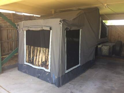 Camper Trailer ( NEAR NEW USED ONCE )