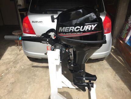 mercury 4 stroke outboard near new condition 9.9 hp