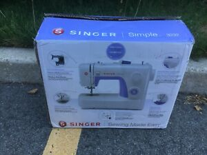 New Singer 3232 sewing machine