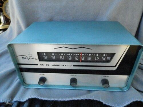 Vintage Regency MR-10 Monitoradio FM Tube Radio Receiver