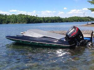 Sunray SS150 with 2015 Evinrude 90HO!