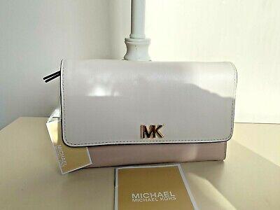 Michael Kors Medium Leather Carryall Wallet Purse Soft Pink/Light Cream -NEW