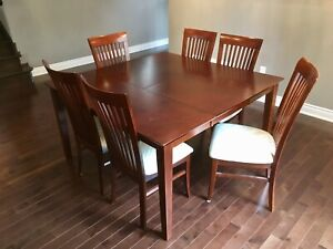 Solid Wood Dinner Table w/ 8 Chairs & Matching Hutch