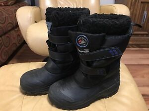 Snow Boots Youth Size 2
