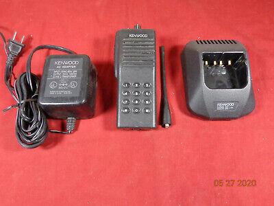 Kenwood Tk-390 Uhf 450-490 Mhz 160ch 4 Watt Radio W Charger And Antenna B26
