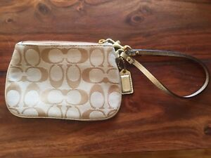 Small COACH Wristlet - Classic pattern. *** REDUCED PRICE