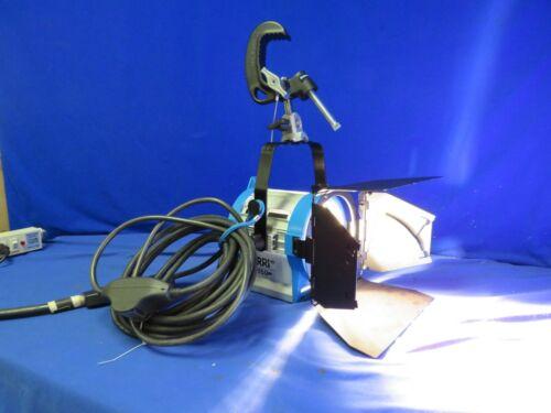 Arri 650 Plus Light L1.79400.A w/ barndoors, C-Clamp, male bates cord (on/off)