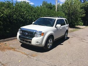 Ford escape limited 2011 4x4