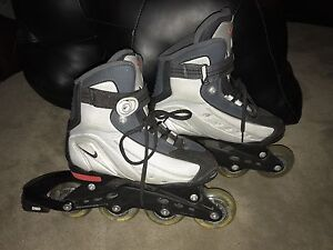 Nike Rollerblades kids sz 4 in excellent condition