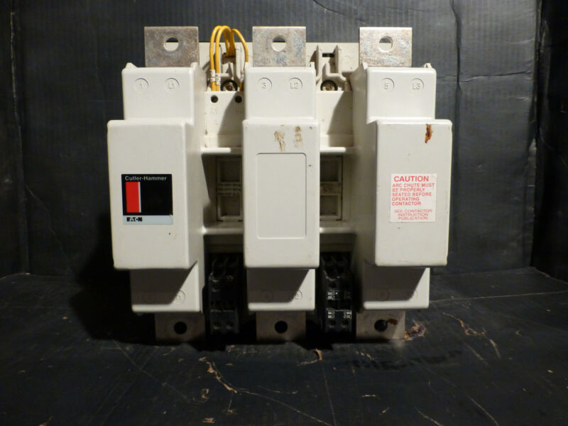Eaton Cutler-Hammer C32NN3 Magnetic Contactor  Series C1