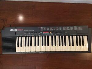 Yamaha Keyboard PSR3