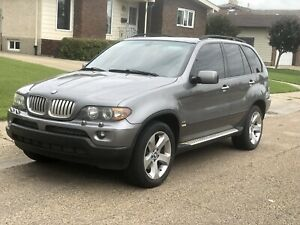 2004 BMW X5 4.4L AWD AMAZING CONDITION