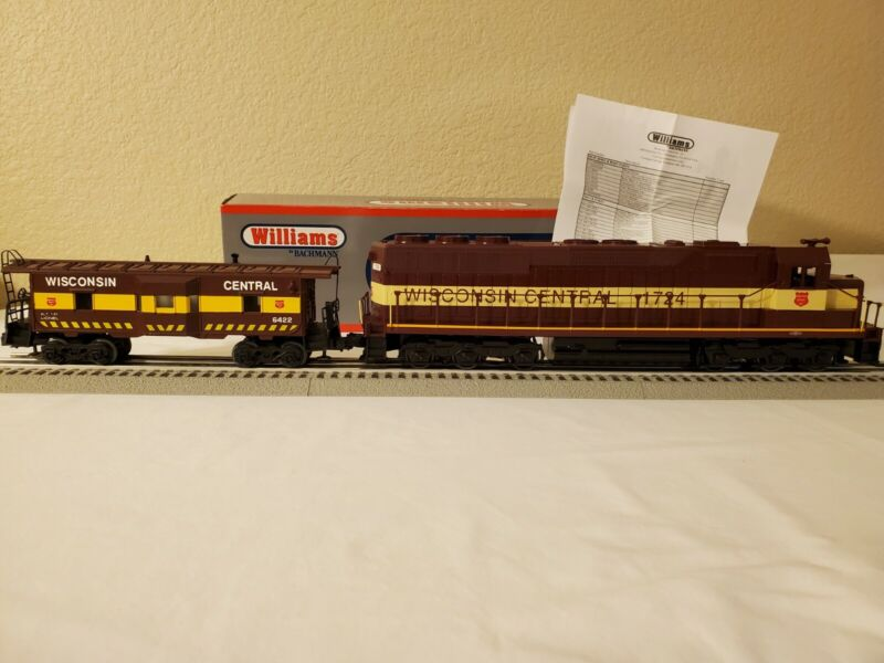 Williams by Bachmann SD-45 Wisconsin Central & Lionel Bay Window Caboose