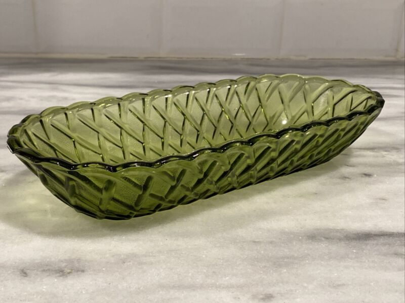 "Vintage Depression Glass Diamond Cut Pattern Green Candy Scalloped 10"" Dish RARE"