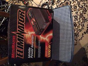 Motomaster Eliminator Mobile Power Inverter
