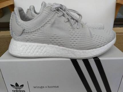 Adidas NMD R2 Wings and Horns Shoes US10