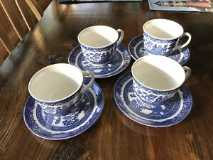 Blue Willow Tea Cups & Saucers