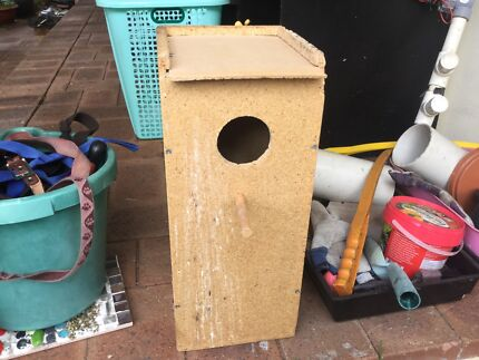Nesting box for weero large box in good condition Bayswater Bayswater Area Preview