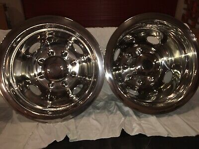 2006 GM Cherolet Silverado Dually Wheel Cover