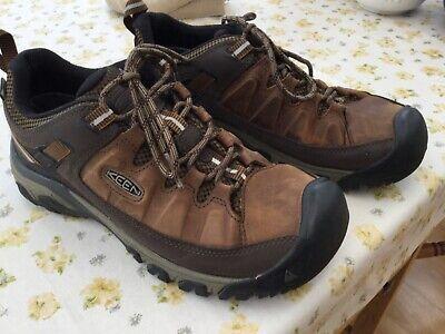 Keen Targhee Walking Shoes Size 8