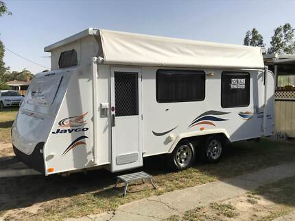 2008 Jayco Discovery 17 ft Pop Top