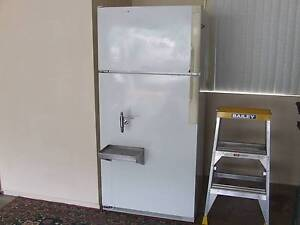 HOME BREW FRIDGE FREEZER. WESTINGHOUSE 520 LITRE. Alexandra Hills Redland Area Preview
