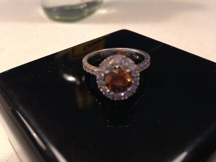 Engagement Ring (Linney's) Kingsley Joondalup Area Preview