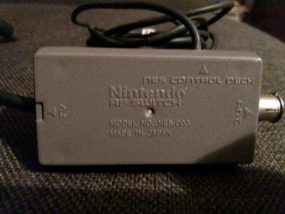 Nintendo Game Boy Lupe & Batterie & Konsole RF Switch Adapter in Rheinland-Pfalz - Remagen