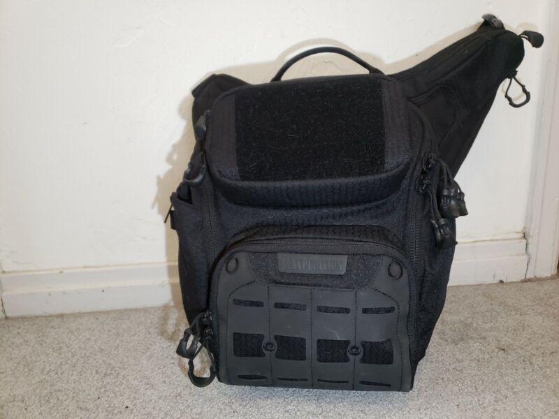 Maxpedition Wolfspur Black v2.0 Crossbody Shoulder Bag 11L