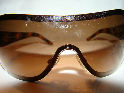 Pre-Owned Authentic Chanel TORTOISE SHELL w/Gold WRAP AROUND sunglasses