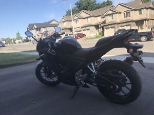 2013 Honda cbr  cash or trade for truck