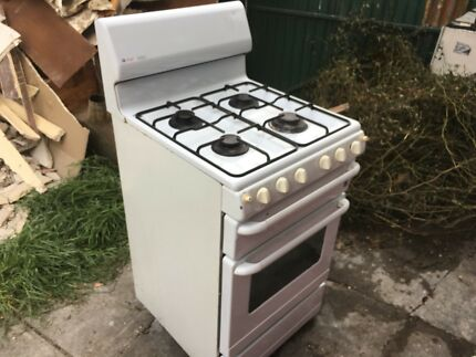 Gas oven + grill (working)