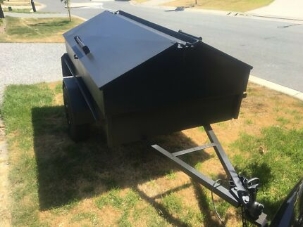 6 x 4 tradies trailer with removal top